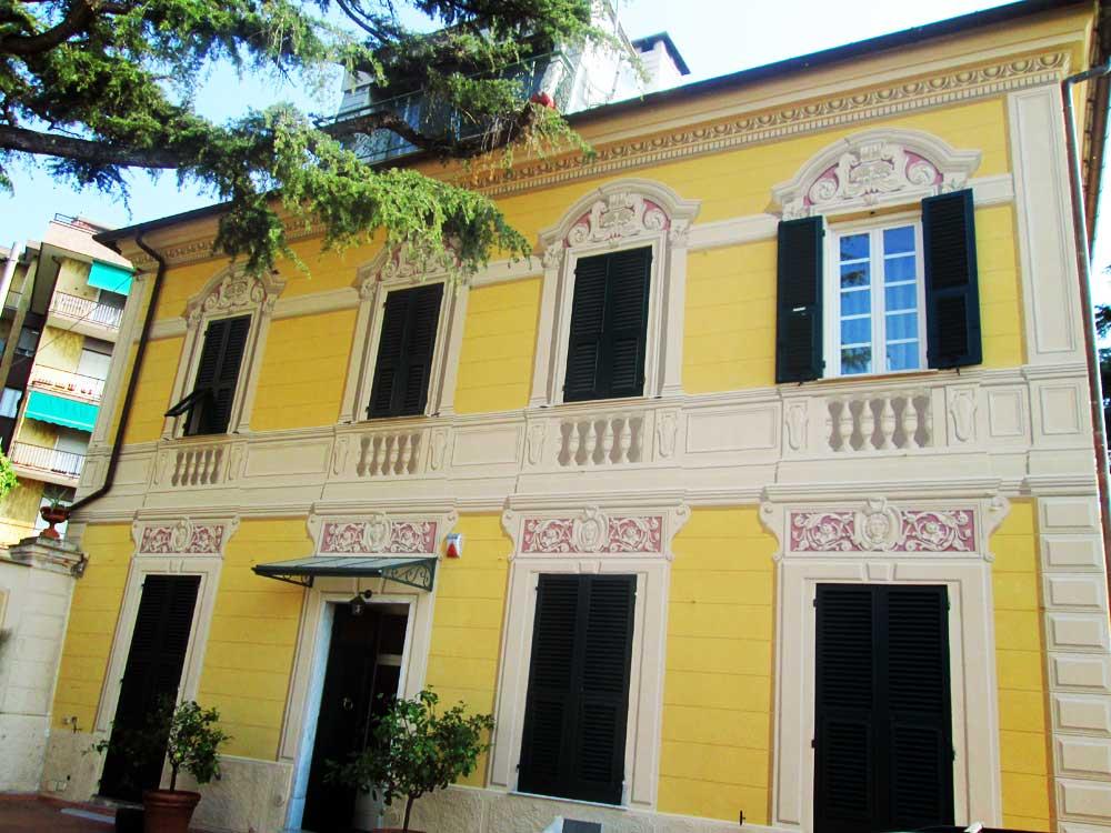 Decorazione facciata Savona Liguria